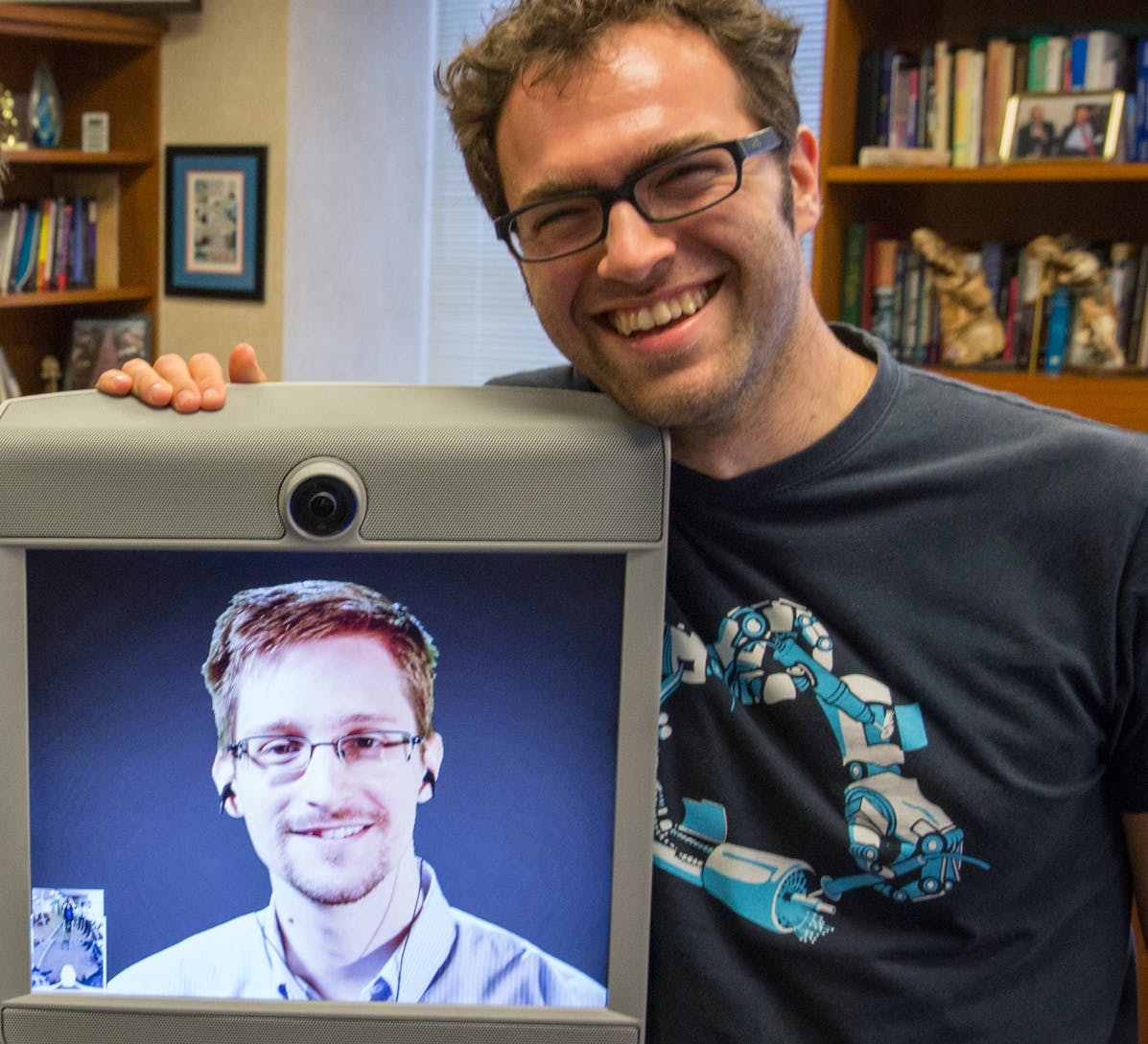 Ed Snowden Taught Me To Smuggle Secrets Past Incredible Danger. Now I Teach You.