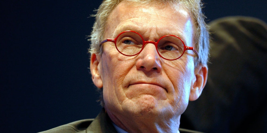 In this Dec. 5, 2008 file photo, former Senate Majority leader Tom Daschle is seen during the 2008 Colorado Health Care Summit in Denver. Daschle has withdrawn his nomination to be secretary of Health and Human Services. (AP Photo/David Zalubowski, File)