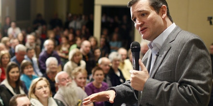 Republican Presidential candidate Sen. Ted Cruz, R-Texas, speaks at a campaign event at Park Place Event Centre, Thursday, April 2, 2015, in Cedar Falls, Iowa. (AP Photo/Waterloo Courier, Matthew Putney)