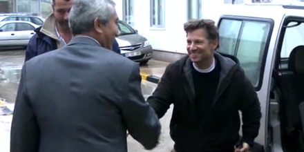 In this image made from video, NBC chief foreign correspondent Richard Engel, right, shakes hands with an unidentified person after crossing back into Turkey, after they were freed unharmed following a firefight at a checkpoint after five days of captivity inside Syria, in Cilvegozu, Turkey, Tuesday, Dec. 18, 2012. Engel told the Turkish news agency Anadolu that he and his colleagues are