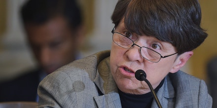 Mary Jo White, chair of the Securities and Exchange Commission, speaks during a Treasury Department meeting of the Financial Stability Oversight Council to vote on its annual report and consider enhancements to its existing transparency policy and bylaws for its Deputies Committee at the Treasury Department on May 7, 2014 in Washington, DC. AFP PHOTO/Mandel NGAN        (Photo credit should read MANDEL NGAN/AFP/Getty Images)