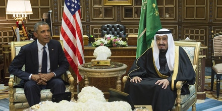 Saudi's newly appointed King Salman (R) meets with US President Barack Obama at Erga Palace in Riyadh on January 27, 2015. Obama landed in Saudi Arabia with his wife First Lady Michelle Obama to shore up ties with King Salman and offer condolences after the death of his predecessor Abdullah. AFP PHOTO / SAUL LOEB        (Photo credit should read SAUL LOEB/AFP/Getty Images)