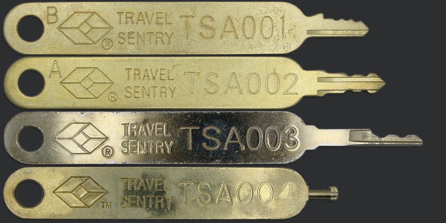 Tsa Responds To Hacked Luggage Locks Not Our Problem