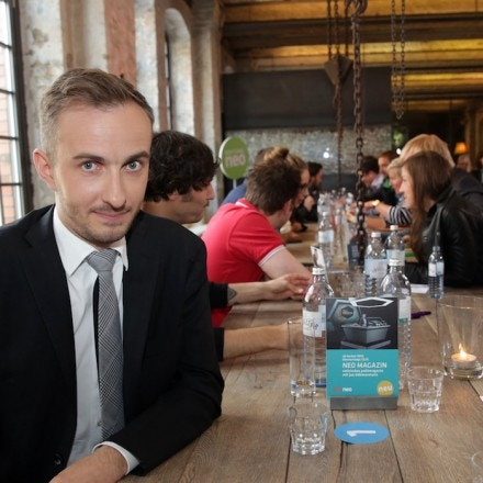 Picture taken on June 14, 2013 shows German TV comedian Jan Boehmermann posing for a picture in Berlin.Chancellor Angela Merkel on April 15, 2016 authorised a Turkish demand for criminal proceedings against Boehmermann over a crude satirical poem about President Recep Tayyip Erdogan in a bitter row over free speech. / AFP / dpa / Jörg Carstensen / Germany OUT (Photo credit should read JORG CARSTENSEN/AFP/Getty Images)