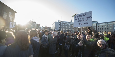 People protest against Icelands Prime Minister Sigmundur David Gunnlaugsson outside parliament in Reykjavik, Iceland on April 4, 2016.Iceland's prime minister faced calls to resign after leaked
