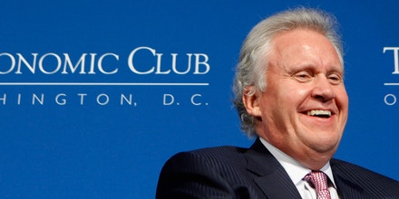 Generated by IJG JPEG LibraryGeneral Electric Chairman and CEO Jeffrey Immelt (L) talks with The Economic Club of Washington President David Rubenstein, co-founder of The Carlyle Group, during a club luncheon at the Mandarin Oriental Hotel March 31, 2011 in Washington, DC. U.S. President Barack Obama named Immelt chairman of the Council on Jobs and Competitiveness, an outside panel of economic advisers.Generated by IJG JPEG Library