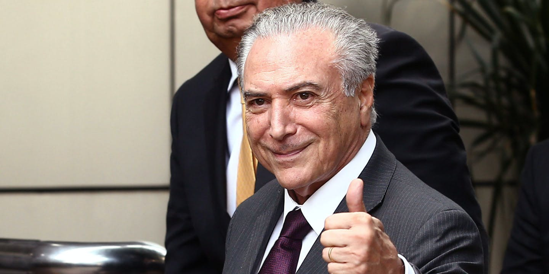 """Novo Abalo Político no Brasil: é Hora da Mídia Começar a Dizer """"Golpe""""?"""