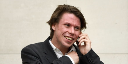 Lauri Love court case. Lauri Love outside Westminster Magistrates Court in London, after British security services lost their legal fight to force the alleged cyber hacker to hand over the passwords to his encrypted computers in a landmark case. Picture date: Tuesday May 10, 2016. Love, 31, is fighting attempts to extradite him to America to face criminal charges for breaking into Federal Reserve computers. See PA story COURTS Love. Photo credit should read: Lauren Hurley/PA Wire URN:26285772