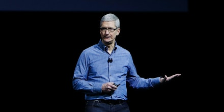 Apple CEO Tim Cook delivers the keynote address at Apple's annual Worldwide Developers Conference at the Bill Graham Civic Auditorium in San Francisco, California, onJune 13, 2016. / AFP / GABRIELLE LURIE        (Photo credit should read GABRIELLE LURIE/AFP/Getty Images)