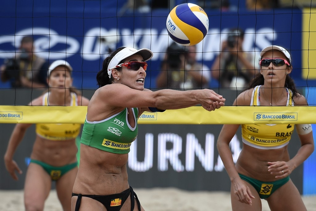 RIO DE JANEIRO, BRAZIL - SEPTEMBER 06:  Agatha Bednarczuk  of Brazil in action during final match against Larissa Franca and Talita Antunes at the FIVB Beach Volleyball World Tour Rio Open at Copacabana beach on September 5, 2015 in Rio de Janeiro, Brazil. This event serves as a test for Rio 2016.  (Photo by Buda Mendes/Getty Images)