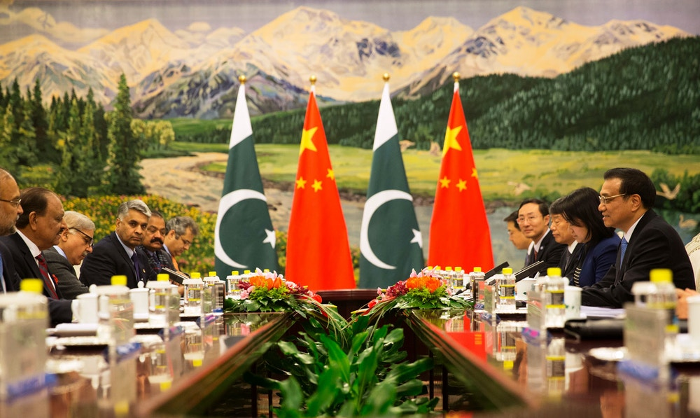 Pakistan President Mamnoon Hussain (L) meets with Chinese Premier Li Keqiang (R) at the Great Hall of the People in Beijing, China, 20 February 2014. Hussain is on a four day visit to China to bolster bilateral ties including a range of agreements on economy and trade.   AFP PHOTO / POOL / ADRIAN BRADSHAW        (Photo credit should read ADRIAN BRADSHAW/AFP/Getty Images)