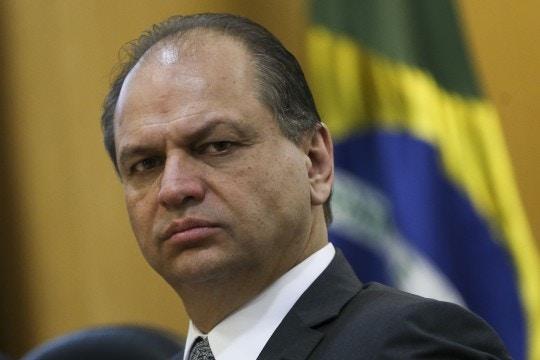 Brasília - O ministro da Saúde, Ricardo Barros, durante anúncio da ampliação de vacinas para adolescentes no Sistema Único de Saúde (SUS).  (Marcelo Camargo/Agência Brasil)
