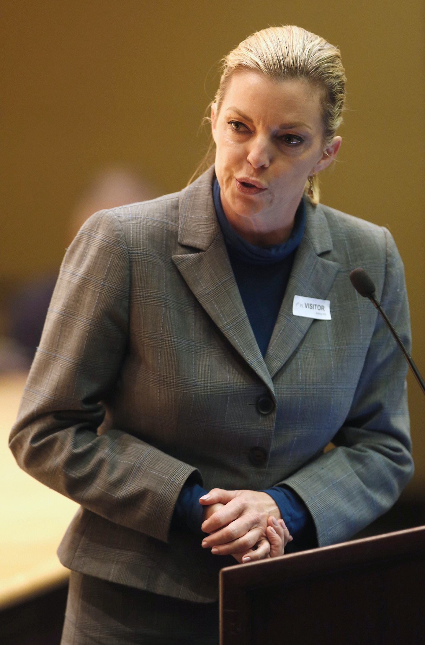 Michele Hanisee, vice president of the Association of Deputy District Attorneys of Los Angeles County, calls for the adoption of proposed regulations to use a single lethal drug for the the execution of condemned inmates during a public hearing by the California Department of Corrections and Rehabilitation, Friday, Jan. 22, 2016, in Sacramento, Calif.  The single injection would replace the series of three drugs used in California's last execution, of Clarence Ray Allen in 2006(AP Photo/Rich Pedroncelli)