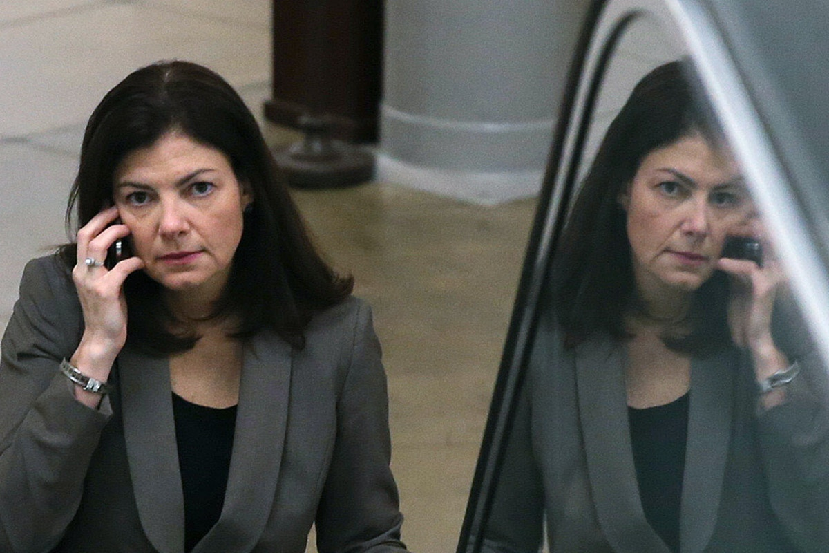 Republican Kelly Ayotte Lost Millions of Dollars by ...