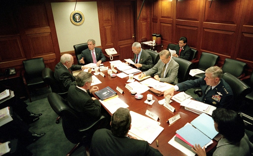 395800 02: US President George W. Bush leads his National Security Council in the Situation Room of the White House October 12, 2001 in Washington, DC. (Photo by Eric Draper/White House/Getty Images)