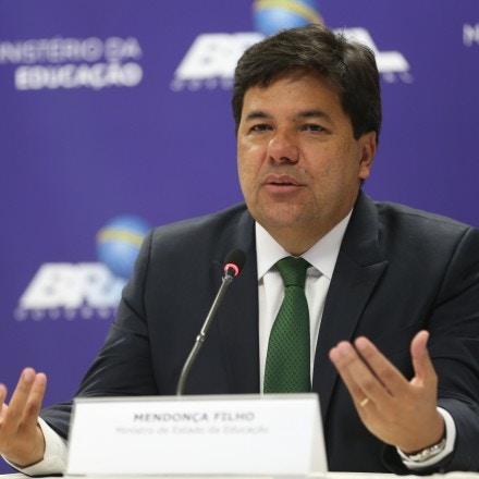 Brasília - O ministro da Educação, Mendonça Filho, divulga os resultados, por escola, do Exame Nacional do Ensino Médio (Enem) 2015 (Elza Fiuza/Agência Brasil)