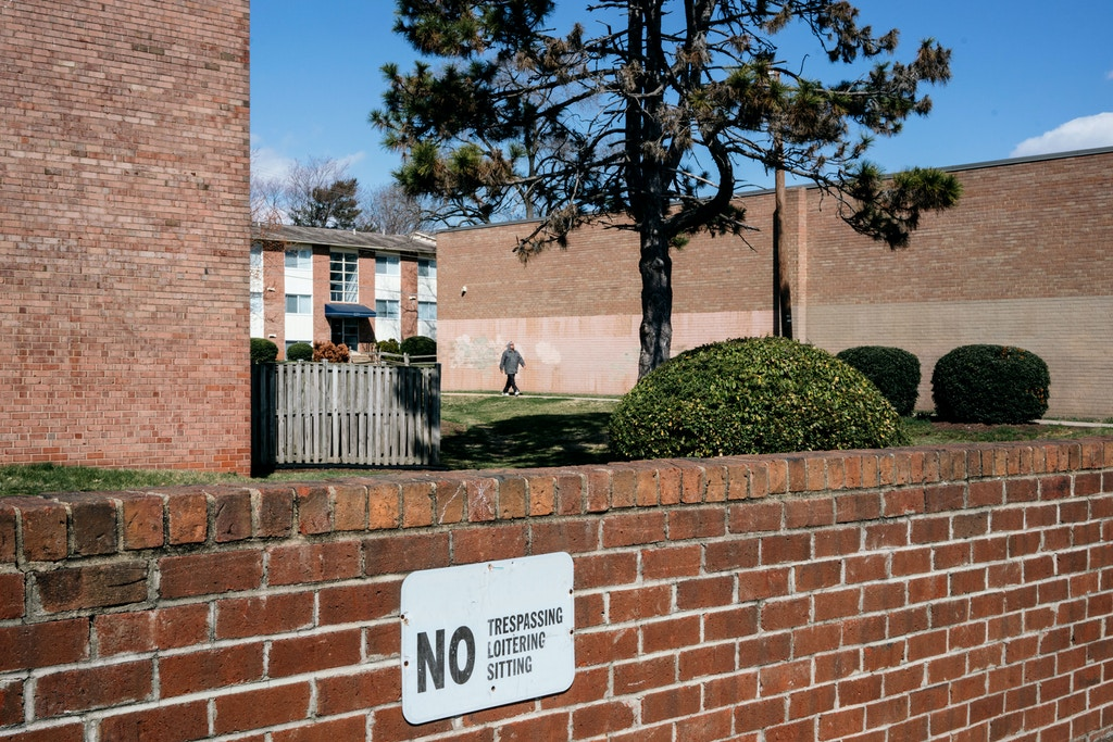 A brick wall where ICE was said to have waited before detaining six men as they allegedly left a hypothermia shelter at Rising Hope Mission Church, in Alexandria, Va. on Feb. 8, 2017.