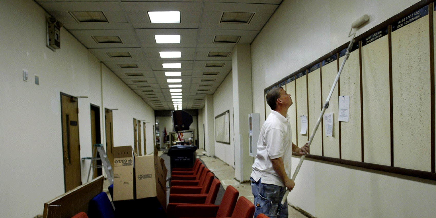 Larry Turner Paints The Walls As Renovations Of Legislative Plaza In  Nashville, Tenn.,