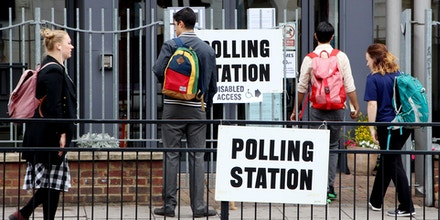 Britons are seen going to polling stations in London on June 8, 2017, as voting begins in a general election that Prime Minister Theresa May and her ruling center-right Conservative Party hope will deliver them a stronger mandate to manage the country's exit from the European Union. (Kyodo)==Kyodo