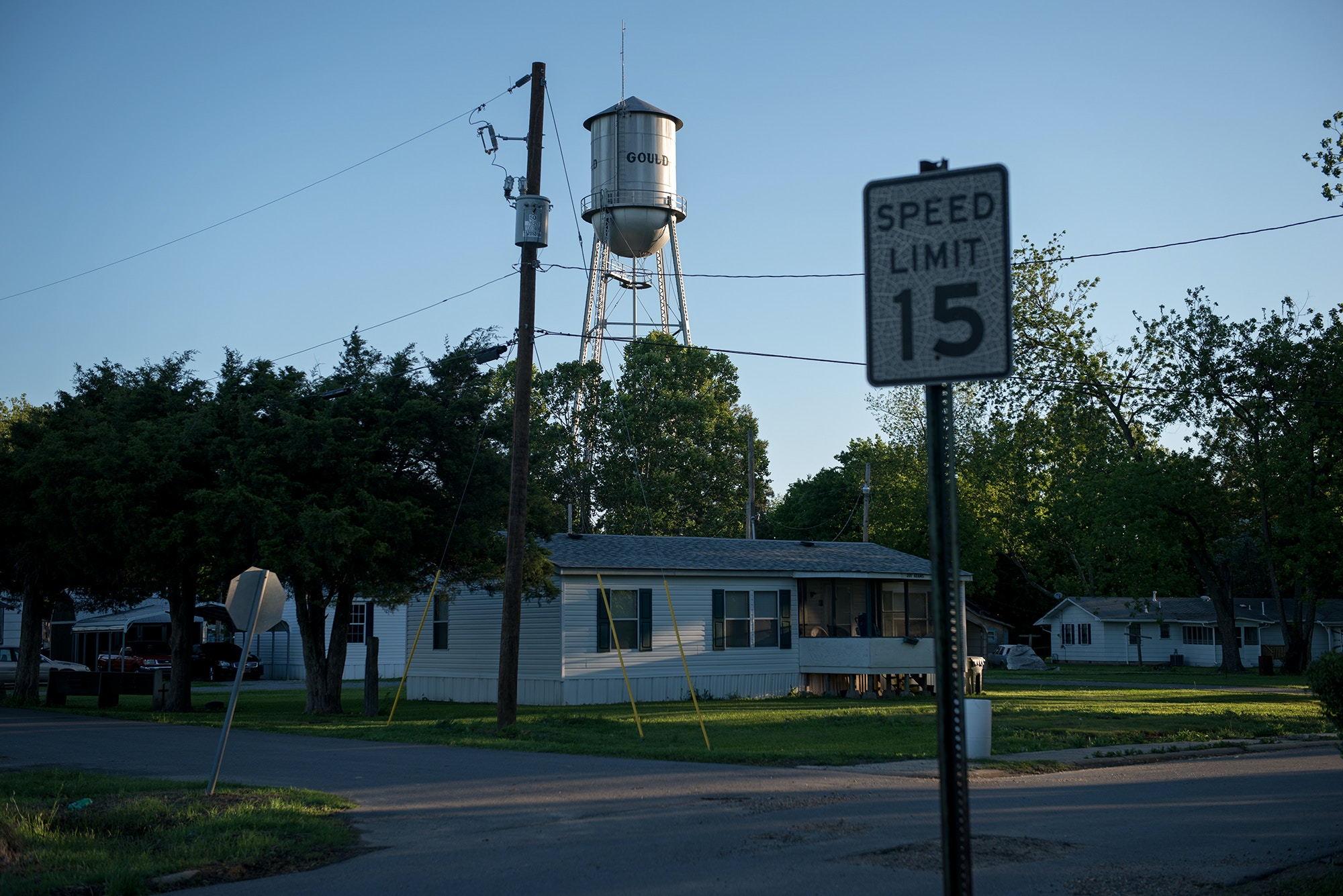 A scene from Gould, Arkansas near the Cummins Unit where the Arkansas death chamber is housed. In April four inmates were executed in eight days at the facility before a drug used in the lethal injection process expired. (Photo by Brandon Dill for The Intercept)