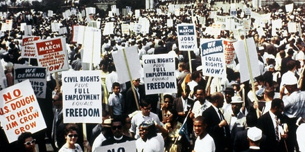 Large crowds gather at the Lincoln Memorial to demonstrate for the civil rights movement in Washington, D.C., on August 28, 1963. (AP Photo)