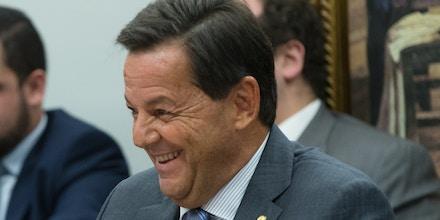 10/07/2017- Brasília- DF, Brasil- CCJ da câmara. Relator Sergio Zveiter durante leitura de seu parecer. Deputado e delegado, Valdir Macedo chamou o governo de quadrilha. Elel foi trocdo da CCJ pelo governo. Foto: Lula Marques/AGPT