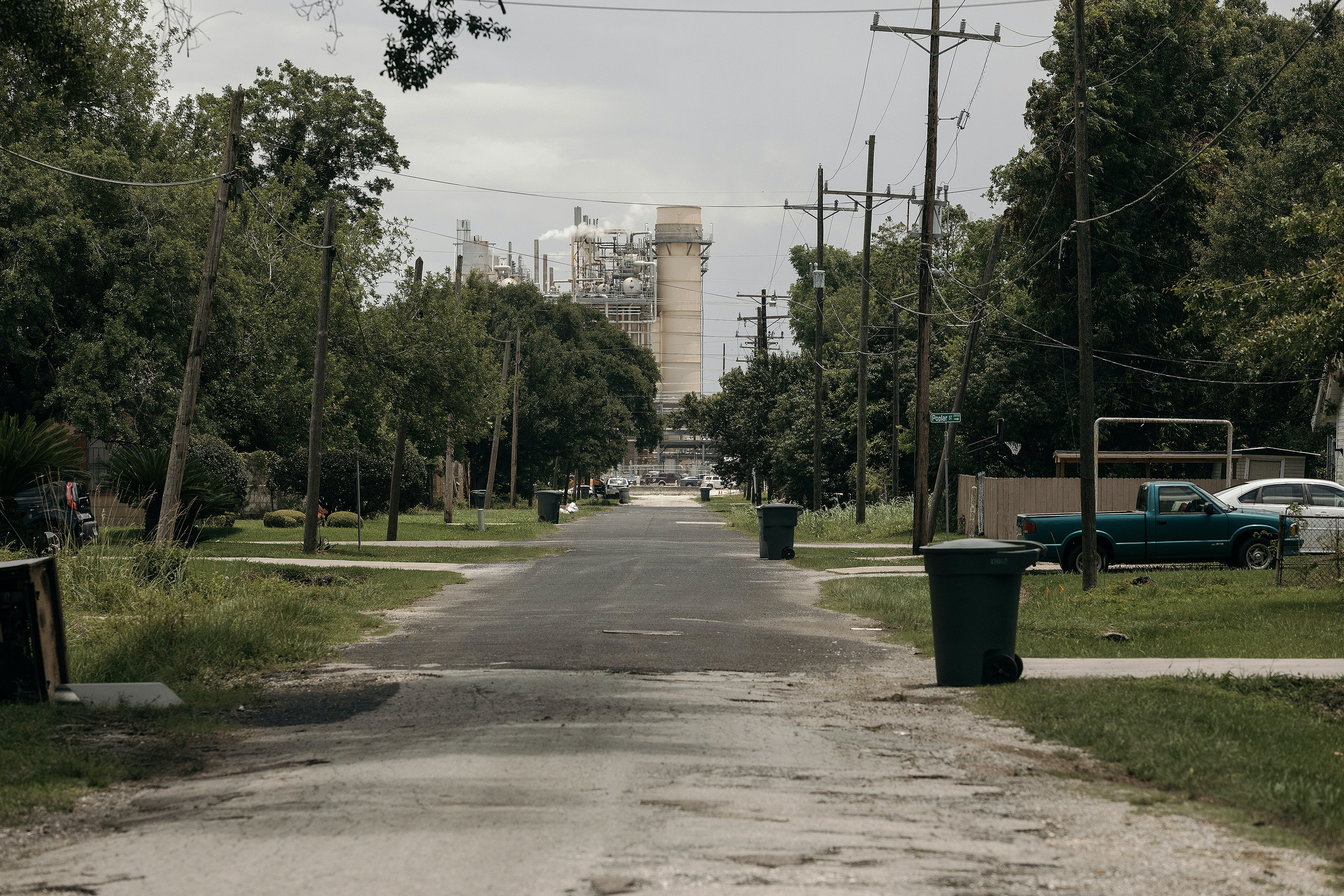 The Exxon refinery as seen from Van Buren Avenue, Tuesday, June 6th, 2017 in Beaumont, Texas.</p><br /><br /><br /><br /><br /><br /><br /><br /> <p>Todd Spoth for The Intercept