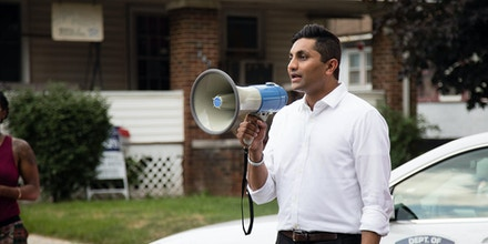 Ameya Pawar speaking to a group of activists on July 22, 2017 after a peace march in Danville, Ill.