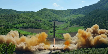 This picture taken and released on July 4, 2017 by North Korea's official Korean Central News Agency (KCNA) shows the test-fire of the intercontinental ballistic missile Hwasong-14 at an undisclosed location.North Korea declared on July 4 it had successfully tested its first intercontinental ballistic missile -- a watershed moment in its push to develop a nuclear weapon capable of hitting the mainland United States. / AFP PHOTO / KCNA VIA KNS / STR / South Korea OUT / REPUBLIC OF KOREA OUT ---EDITORS NOTE--- RESTRICTED TO EDITORIAL USE - MANDATORY CREDIT