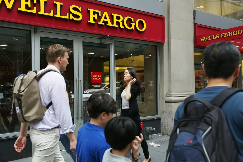 wells-fargo-new-york-times-square-1502987968