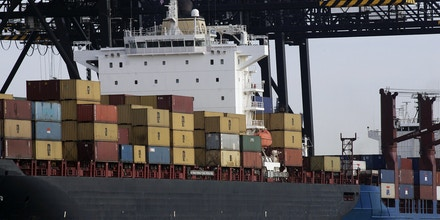FT. LAUDERDALE, UNITED STATES: Cargo containers sit on a ship 08 March 2007, at Port Everglades in Ft. Lauderdale, Florida. Long recognized as one of the world's finest cruise ports, Port Everglades has rapidly established itself as one of world's premier cargo ports. AFP PHOTO / ROBERT SULLIVAN (Photo credit should read ROBERT SULLIVAN/AFP/Getty Images)