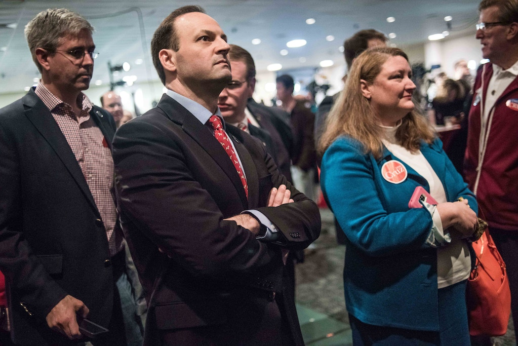 "COLUMBIA, SC - FEBRUARY 20:  South Carolina Attorney General Alan Wilson watches election results come in at a primary watch party for Republican presidential candidate Ted Cruz Saturday, February 20, 2016 in Columbia, South Carolina. Donald Trump won decisively in the South Carolina Republican Presidential Primary, the ""first in the south."" (Photo by Sean Rayford/Getty Images)"