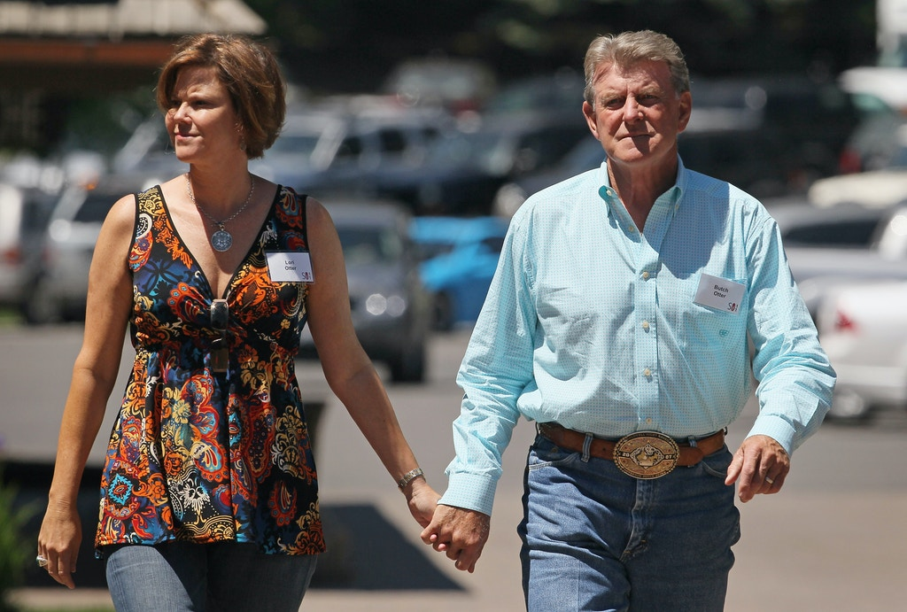 SUN VALLEY, ID - JULY 06:  Butch Otter, Governor of Idaho, attends the Allen & Company Sun Valley Conference with his wife Lori Otter on July 6, 2011 in Sun Valley, Idaho. The conference has been hosted annually by the investment firm Allen & Company each July since 1983. The conference is typically attended by many of the world's most powerful media executives.  (Photo by Scott Olson/Getty Images)