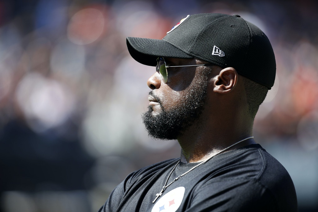 CHICAGO, IL - SEPTEMBER 24:  Head coach Mike Tomlin of the Pittsburgh Steelers stands on the sidelines during the game against the Chicago Bears at Soldier Field on September 24, 2017 in Chicago, Illinois.  (Photo by Joe Robbins/Getty Images)