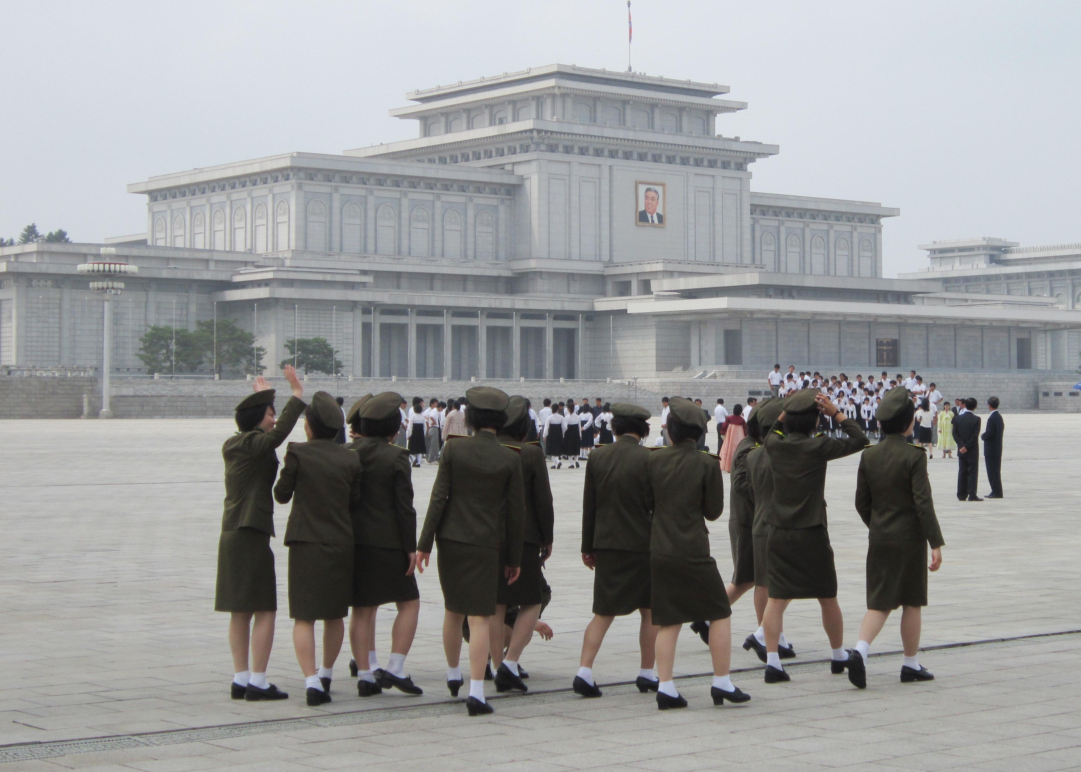 Teen girls Pyongyang