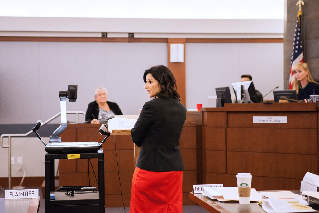 Defense Attorney Vanessa Potkin, of The Innocent Project, cross examines at witness on Oct. 12, 2017 during the hearing for Kirsten Lobato's murder conviction of a homeless man in 2001 in Las Vegas.