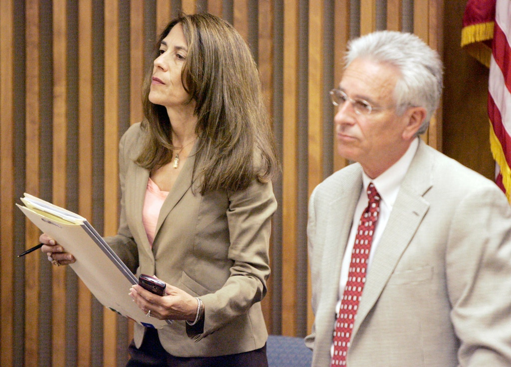 Defense attorney Leslie Bowman, left, is seen with Harley Kurlander, right, in Pima County Superior Court on May 28, 2010 in Tucson, Ariz.  Photo by Dean Knuth / Arizona Daily Star
