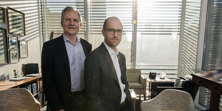 Arthur Sulzberger Jr., the current publisher of The New York Times, and his son, Arthur Gregg Sulzberger, at The New York Times building in New York on Dec. 13, 2017. The younger Sulzberger, who is known as A. G., will become the publisher on Jan. 1, 2018.  (Damon Winter/The New York Times)