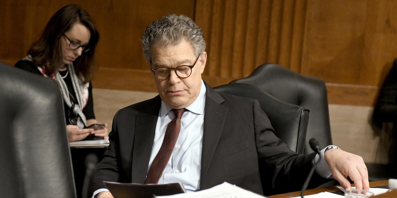 Democratic Senators Call For >> Democratic Women Senators Call For Al Franken S Resignation