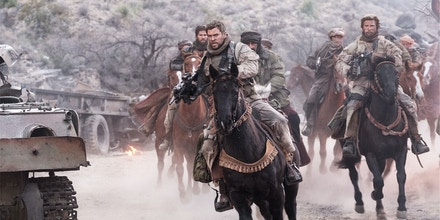 Chris Hemsworth as Captain Mitch Nelson in Alcon Entertainment's, Black Label Media's and Jerry Bruckheimer Films' war drama