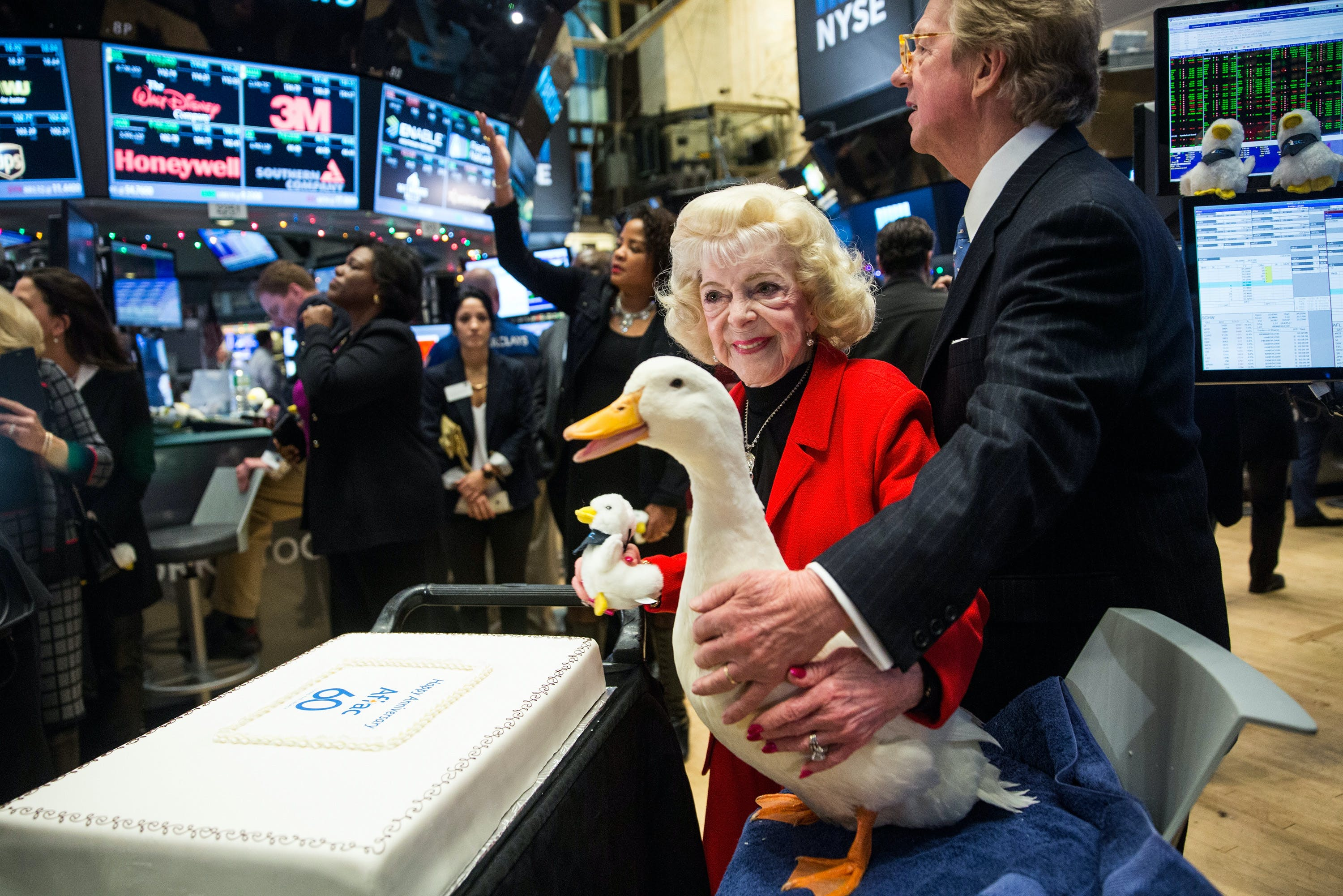 david-dayen BEHIND THE DUCK: FORMER AFLAC EMPLOYEES ALLEGE FRAUD AND ABUSE IN NEARLY EVERY ASPECT OF COMPANY Business Featured [your]NEWS