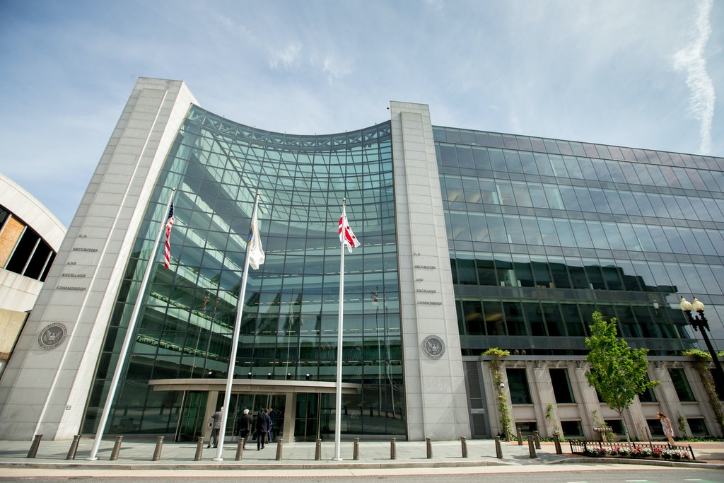 U.S. Securities and Exchange Commission building, Friday, June 19, 2015, in Washington. (AP Photo/Andrew Harnik)