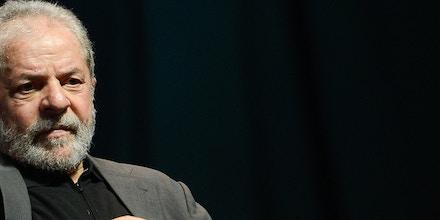 Rio de Janeiro - Ex-presidente Luiz Inácio Lula da Silva participa do lançamento da campanha Se é público é para todos, organizada pelo Comitê Nacional em Defesa das Empresas Públicas  (Fernando Frazão/Agência Brasil)