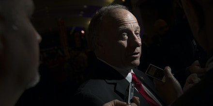Representative Steve King, a Republican from Iowa, speaks to members of the media in the spin room after the Republican presidential candidate debate at the Iowa Events Center in Des Moines, Iowa, U.S., on Thursday, Jan. 28, 2016. Candidates from both parties are crisscrossing Iowa, an agricultural state of about 3 million people in the U.S. heartland that will hold the first votes of the 2016 election on Feb. 1. Photographer: Andrew Harrer/Bloomberg via Getty Images