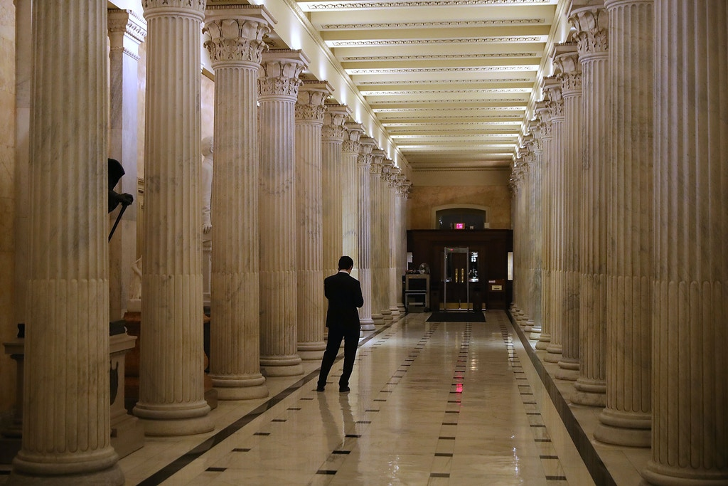 WASHINGTON, DC - FEBRUARY 08:  Hallways are quiet inside the U.S. Capitol as debate in the Senate stretches on February 8, 2018 in Washington, DC. Lawmakers remain at the Capitol late into the night as a possible partial federal government shutdown looms.  (Photo by Chip Somodevilla/Getty Images)