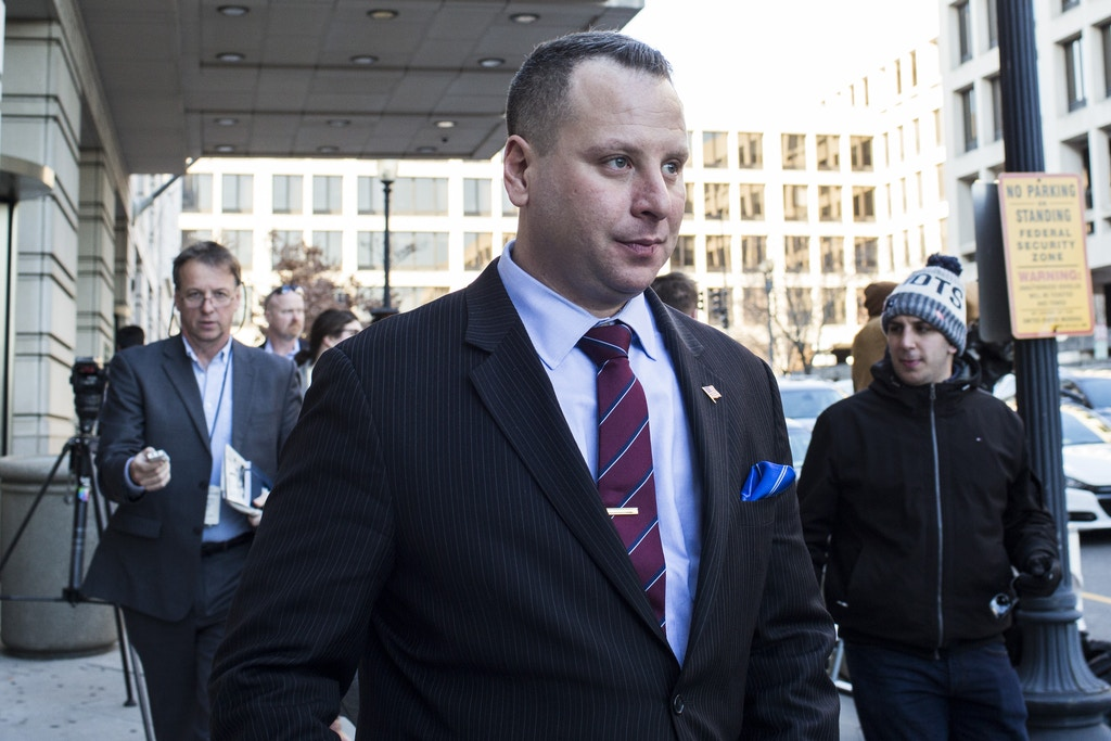 WASHINGTON, DC - MARCH 09: Former Trump campaign aide Sam Nunberg leaves the U.S. District Courthouse on March 9, 2018 in Washington, DC. Nunberg appeared before a grand jury as part of Special Counsel Robert Mueller's probe. (Photo by Zach Gibson/Getty Images)