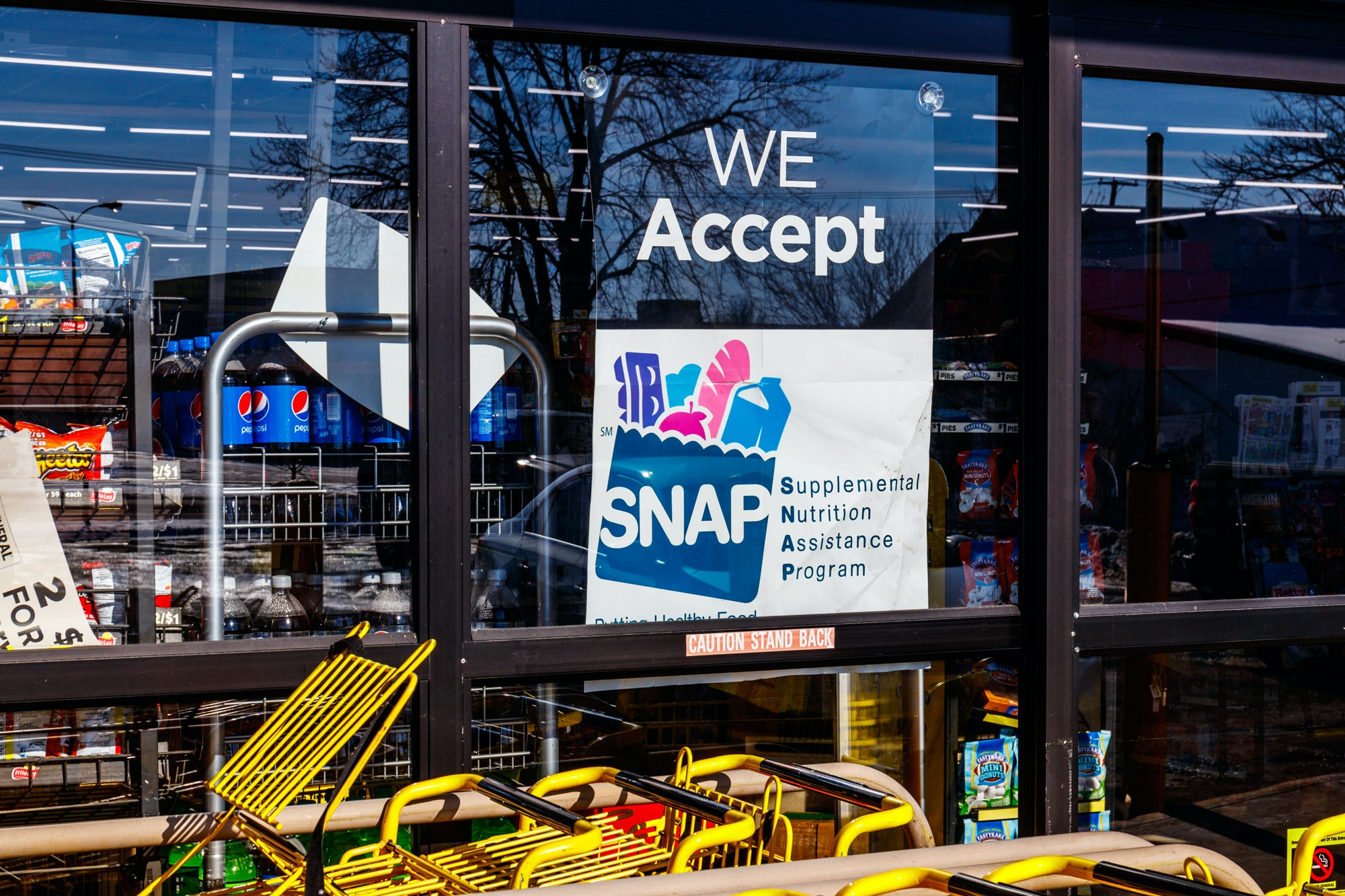 Muncie - Circa January 2018: A Sign at a Retailer - We Accept SNAP