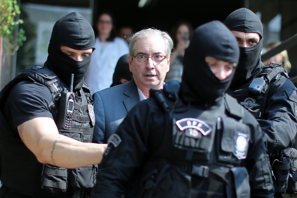 Brazil's former President of the Chamber of Deputies Eduardo Cunha, arrives at the Forensic Medicine Institute in Curitiba, on October 20, 2016.<br /> Brazilian police on Wednesday arrested Eduardo Cunha, the driving force behind former president Dilma Rousseff's impeachment, in a new escalation of a corruption probe shaking Latin America's biggest country. / AFP / Heuler Andrey        (Photo credit should read HEULER ANDREY/AFP/Getty Images)