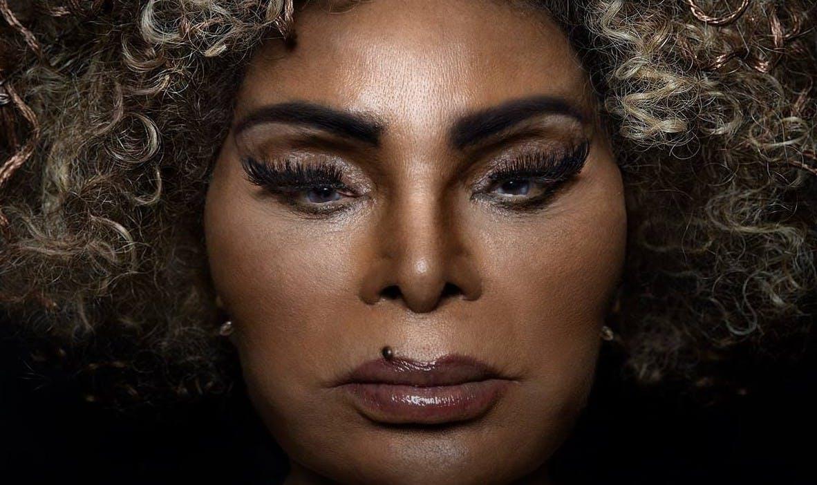 Elza Soares lança novo disco, Deus é mulher