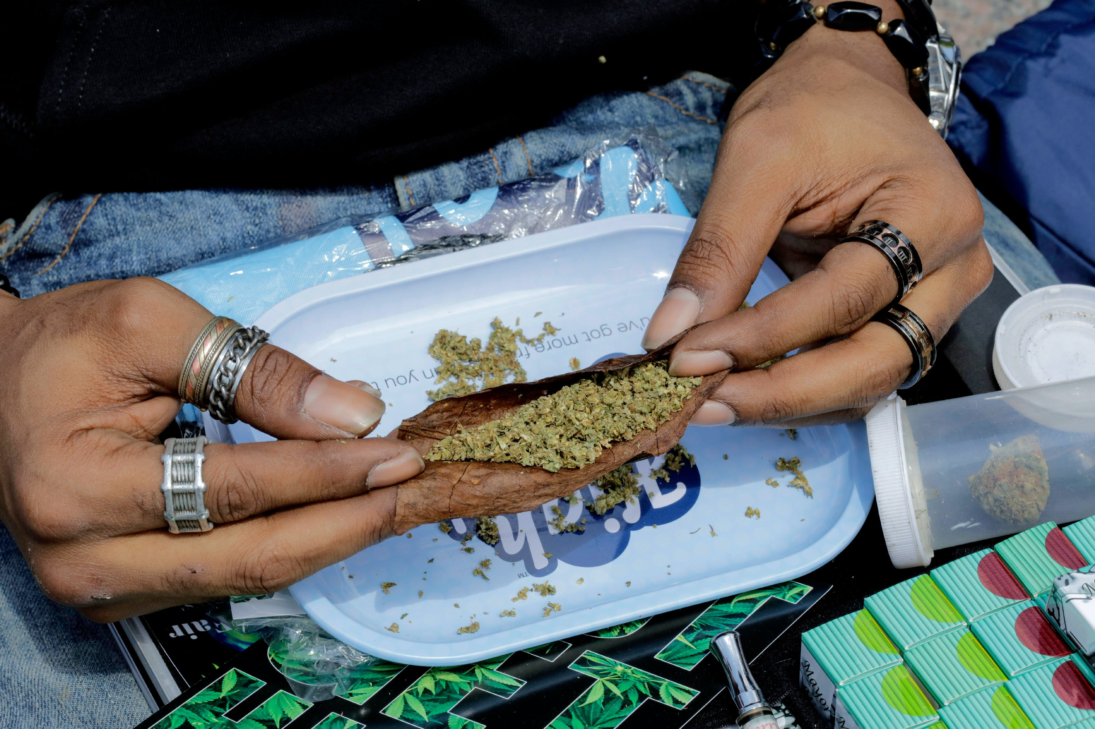 Union Square, New York, USA, May 06 2017 - Hundred of peoples participated on the annual NYC Cannabis Parade & Rally in support of the legalization of the herb for recreational and medical use today in New York City. Photo by: Luiz Rampelotto/EuropaNewswire/picture-alliance/dpa/AP Images